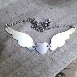 Jewelry - Vintage Sterling Silver Soaring Heart Necklace